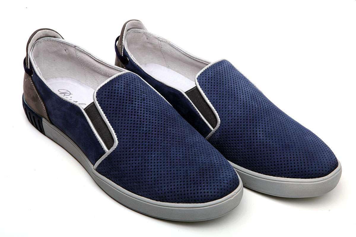 04ba617a15b361 Кожний чоловік знає, що дівчина у першу чергу звертає увагу на взуття. В  залежності від цього формується перше уявлення про людину.